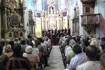Snímky z pátečního oratoria Mesiáš v klášterním kostele v Šumperku