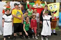 Olympijského klání pod pěti kruhy nazvaného Člověk člověku, který připravili studenti zdejší Střední školy sociální péče a služeb, se v Zábřehu zúčastnili postižení ze širokého okolí i děti z místních mateřských školek.