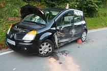 Nehoda dvou aut v Hanušovicích