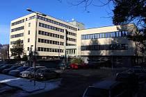 Budova IPOS v Jeseníku zvaná též Pentagon.