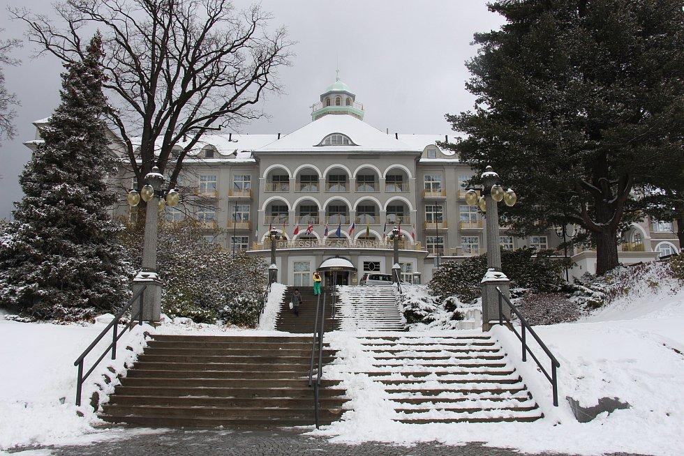 Hlavní budova jesenických lázní, Sanatorium Priessnitz