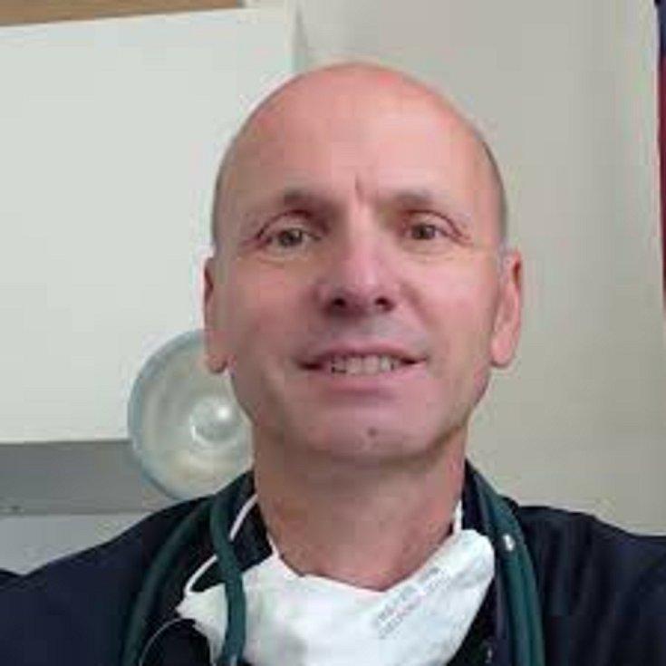 Lékař Vít Mareček.