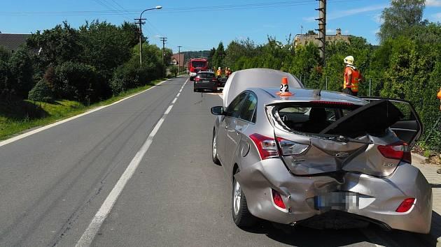 Dopravní nehoda o prvním srpnovém víkendu v Libině.