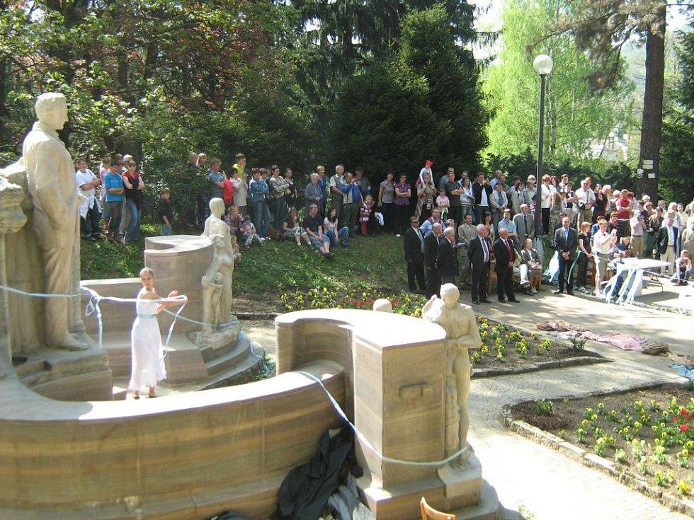 Slavnost znovuodhalení sohy Vincenze Priessnitze