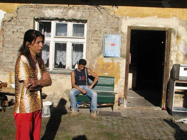 ? Rodina Kandráčových ze Staré Červené Vody má největší šanci na získání bytu. Trvalý pobyt mají stále ve Vsetíně.