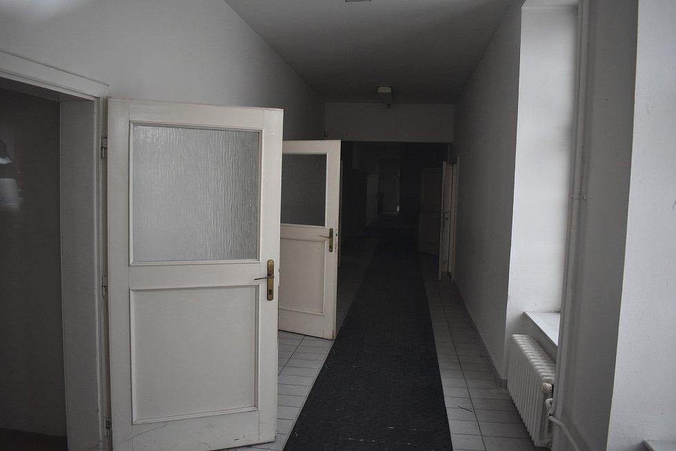 Budova bývalého úřadu práce v Lidické ulici v Šumperku.