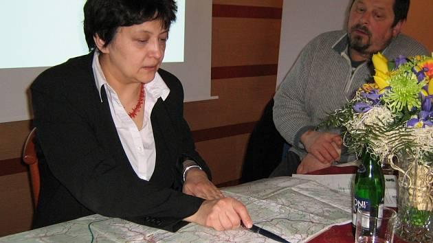 Ministryně Džamila Stehlíková představila v Jeseníku novou agenturu. Při tom se však vyjádřila poněkud neopatrně.