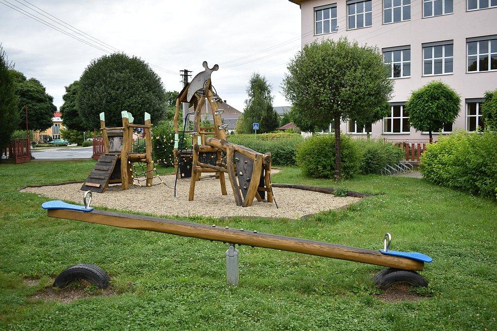 Postřelmov - dětské hřiště.