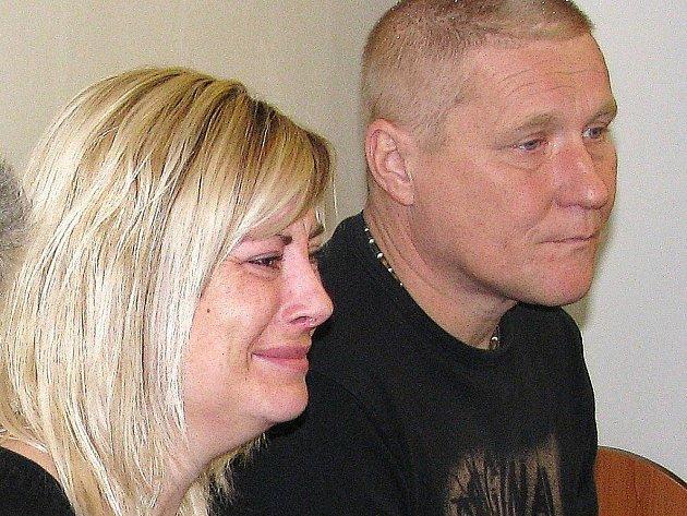 Rodiče mrtvého Vávlava Vávry u soudu
