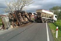 Nehoda cisterny u Uhelné na Jesenicku - 5. května 2021