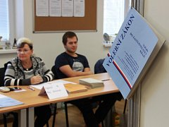 Volební místnost v hasičské zbrojnici v Šumperku – Temenici.