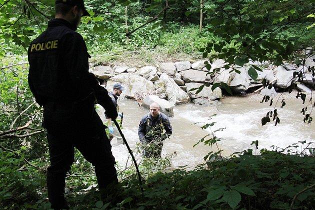Pátrání 17.června 2020po seniorce zOskavy ztracené při při bleskové povodni 7.června.