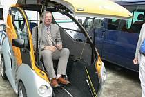 Vůz pro tělesně hendikepované budou vyrábět ve firmě ZLKL Loštice
