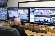 Monitorovací pracoviště kamerového systému v Jeseníku.