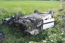 Snímky ze sobotní nehody vlaku a passatu v Šumperku