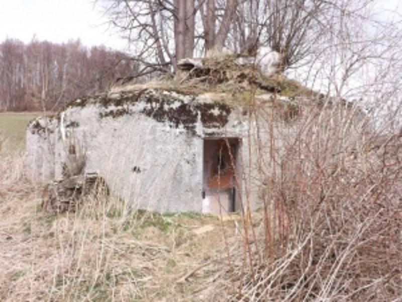 Objekt lehkého opevnění typ A-180 nad Adolfovicemi.