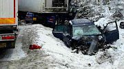 Srážka kamionů a osobního auta u Studené Loučky