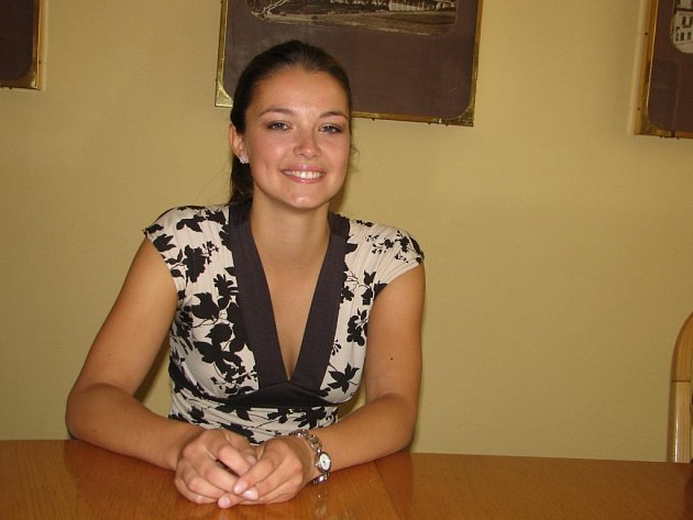 Veronika Pompeová před odletem na Miss International do Japonska.