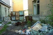 Tak dnes vypadá areál závodu bavlnářského podniku Perla v Zábřehu, kde výroba skončila v roce 2005