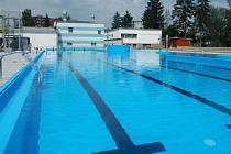 Opravený venkovní bazén v Zábřehu