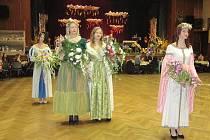 Květinová show tentokrát do programu zahradnického plesu přivedla filmové princezny.