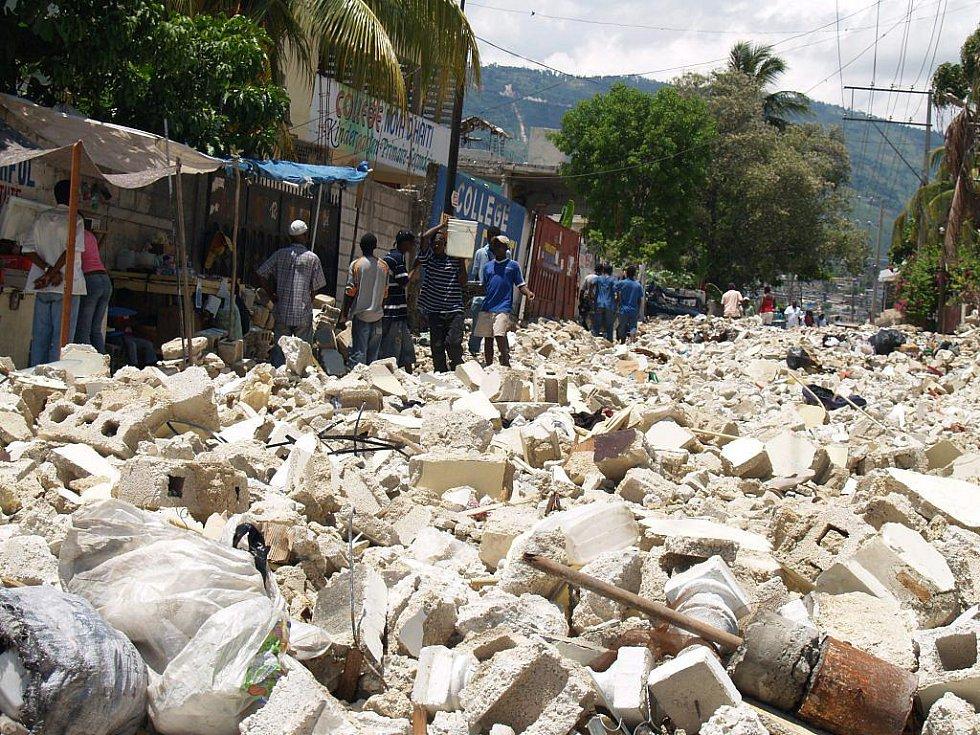 Trosky na Haiti