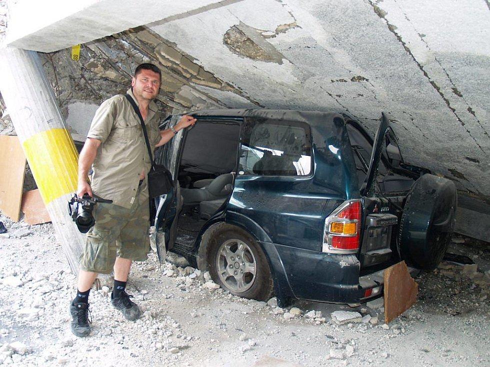 Martin Strouhal u trosek na Haiti