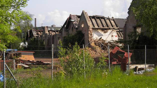 Demolice areálu bývalé Hedvy v Šumperku.