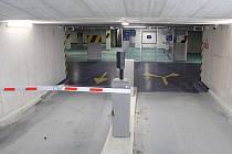 Přestupní terminál s autobusovým nádražím a podzemním parkovištěm v Mohelnici v březnu 2019.