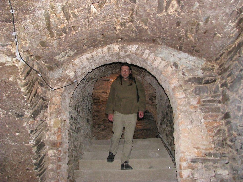 Historie sklepení v domech v centru Mohelnice sahá hluboko do středověku. Mnohé sklepy byly původně dvoupatrové.