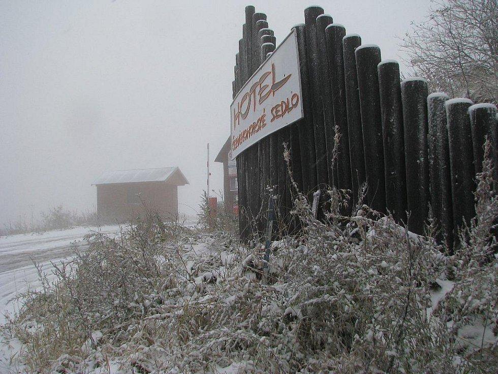 Snímky z úterý 13. října dopoledne z Červenohorského sedla