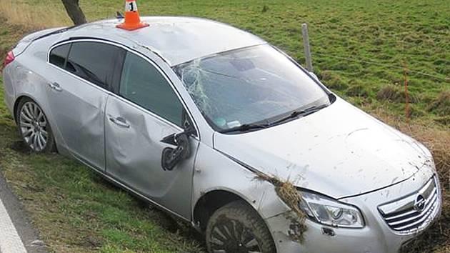 Nehoda mezi Uhelnou a Vlčicemi