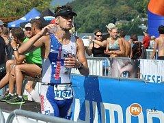 Jedním z favoritů ankety je i triatlonista David Jílek, v minulosti ji ovládl již třikrát