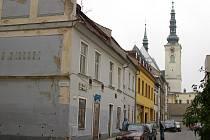 Domy v Demelově ulici