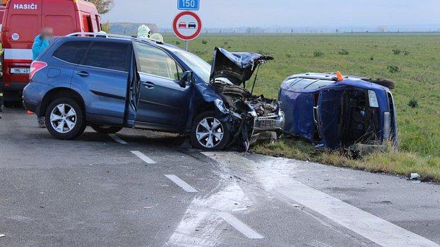 Vážná nehoda mezi Dubem nad Moravou a Prostějovem
