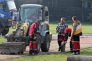 Úpravy sportovního areálu v Kostelci na Hané začaly
