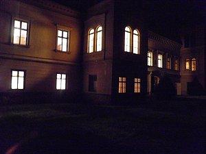 Strašidelné prohlídky na zámku v Čechách pod Kosířem