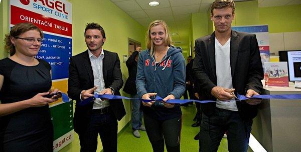 Marek Jankulovski, Petra Kvitová a Tomáš Berdych na otevření Petra Kvitová na otevření Agel Sport Clinic vProstějově