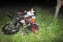 Nehoda motorkáře u Okluk