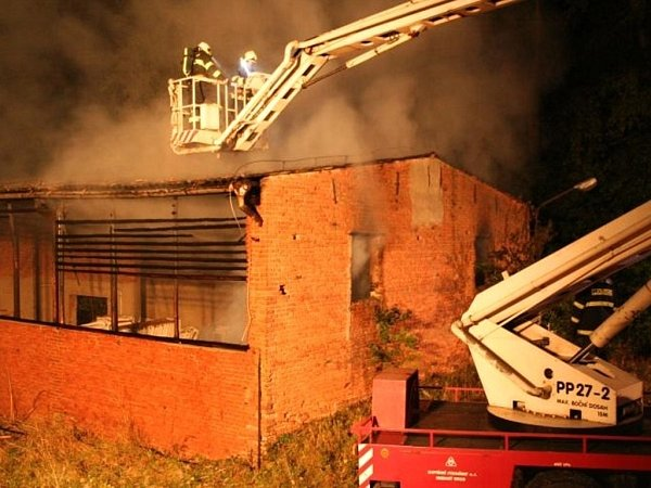 Požár hospodářské budovy vObědkovicích