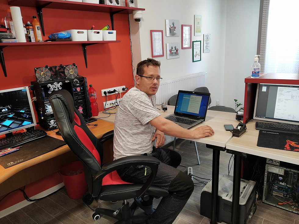 Lukáš Frkal vlastní Počítačovou záchranku