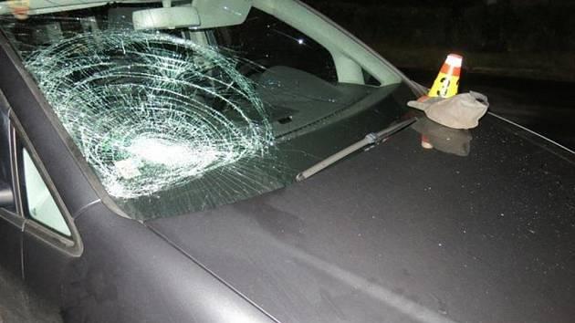Střet podnapilého cyklisty a auta v Mostkovicích
