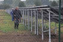 U Výšovic budují specializované firmy dvě sluneční elektrárny