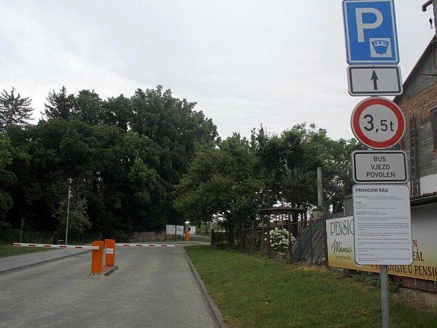 Parkoviště vČechách pod Kosířem
