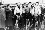 Historické snímky z cyklo putování sokolů k prezidentovi Masarykovi