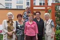 Členky lounského divadelního souboru Třetí věk