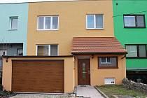 Žlutý dům v ulici Ludvíka Svobody v Bedihošti, kde podnájemník napadl majitele domu sekáčkem na maso