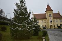 Vánoční zdobení v Kostelci na Hané. 26.11. 2020