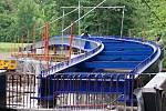 Stavba cyklostezky podél severního břehu plumlovské přehrady - 25. 5. 2021, stavba mostu při ústí Hloučely do přehrady