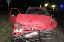 Nedaleko Smržic se srazila dvě auta. Nehoda se obešla bez zranění